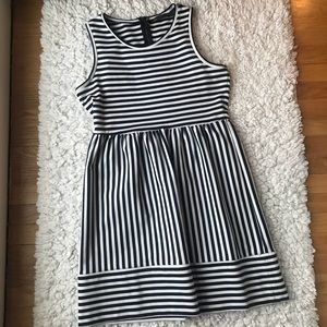Outback Red size large striped dress